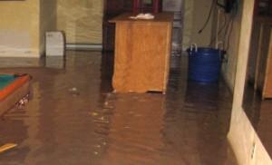 En vandskade i kælderen medfører mange ærgelser og udgifter