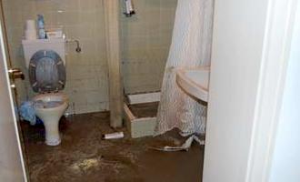 Højvandslukker sikrer mod tilbageløb af kloakvand op igennem toilettet