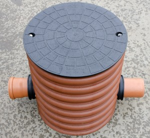 Højvandslukkerbrønd. Napan Automatisk højvandslukke Type 3